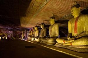 Inside-Dambulla-Cave-Temples-960x640